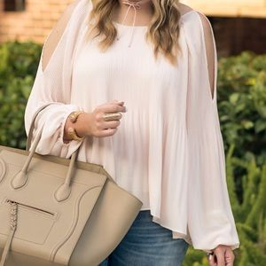 2f3c7f52542925 Astr Tops - Pink pleated cold shoulder blouse